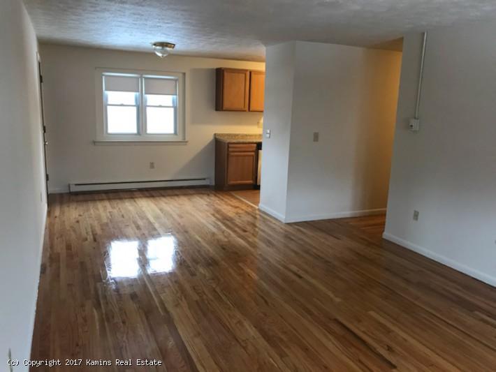 Kamins Real Estate Presidential Apartments 3 Bedroom